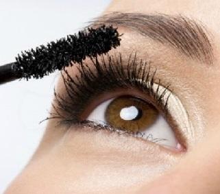 Marloes blogt - <BR>mascara zonder tranen